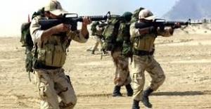 10 İran askeri öldürüldü