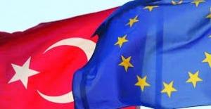 AB Komisyonu, Vizesiz Avrupa seyahatini tavsiye etti
