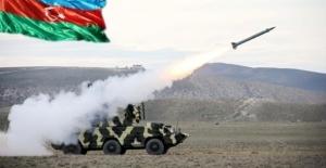 Azerbeycan: Her an saldırıya geçebiliriz