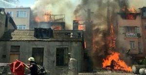 Balat'ta yangın paniği!
