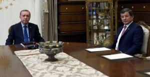 Kongre kararı sonrası Davutoğlu-Erdoğan görüşmesi