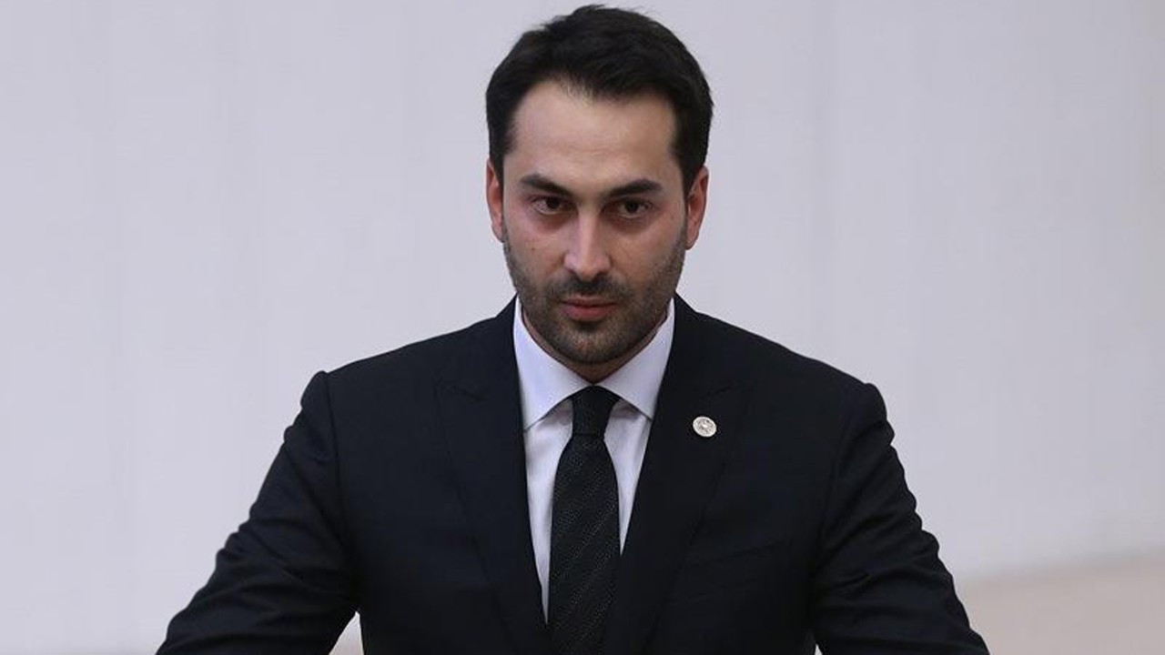 Ahmet Mücahit Arınç'tan konuşulan paylaşım