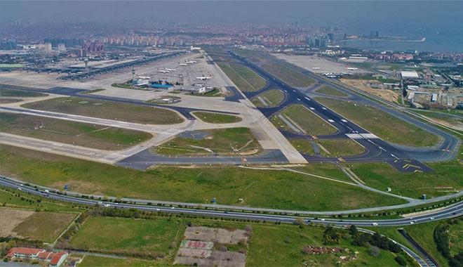 Başaran Holding'e ait iş jeti Atatürk Havalimanı'na acil iniş yaptı
