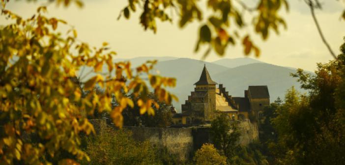 Bosna Hersek'te Pek Çok Dönemin İzlerini Taşıyan Osmanlı Kalesi: Ostrozac