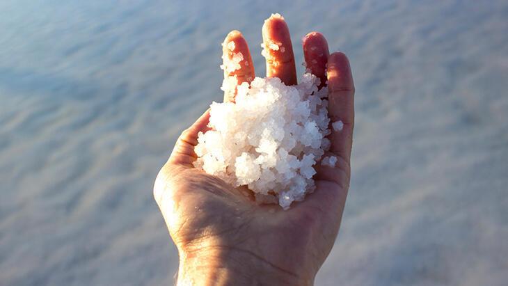 Deniz tuzunda 'mikroplastik' tehlikesi: Zararı sonra anlaşılıyor!