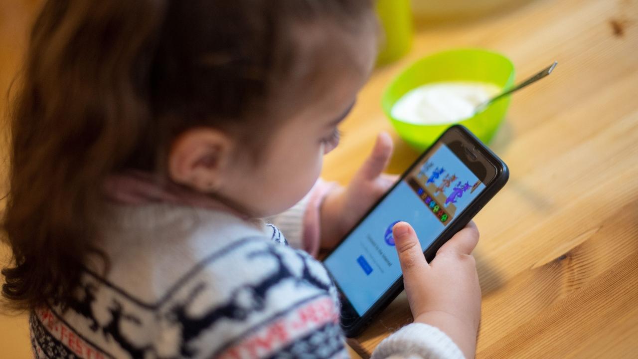 Facebook'a açık mektup: Instagram Kids'den vazgeçin Facebook, çocuklar için Instagram sürümü geliştireceklerini açıklamıştı. ABD'deki 44 eyalet başsavcısı...