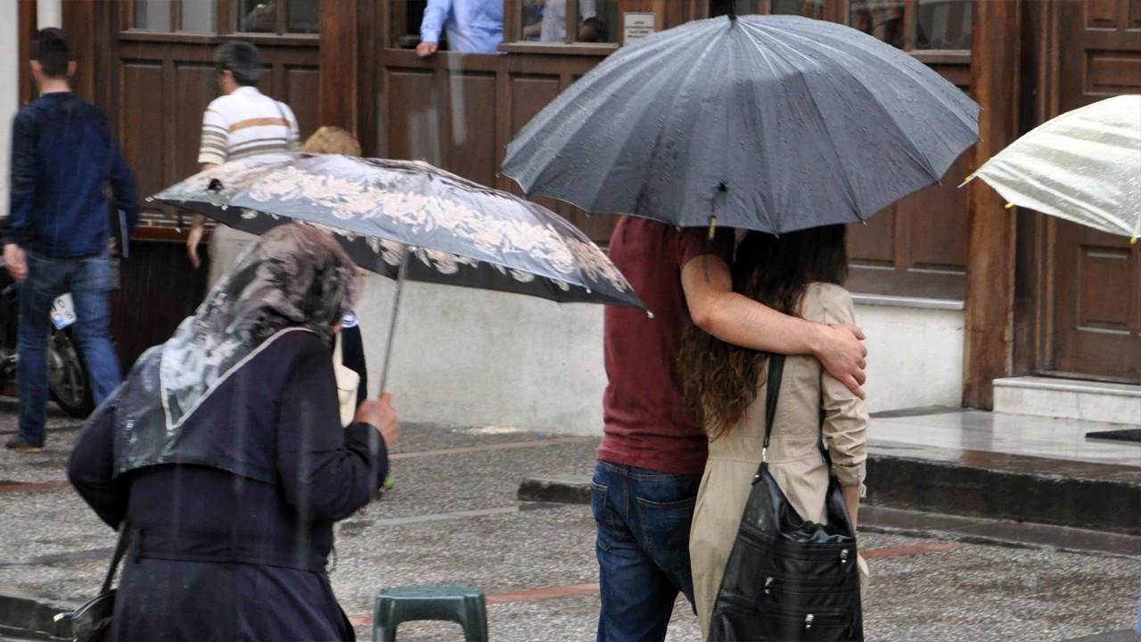 İstanbul için sağanak yağış uyarısı: