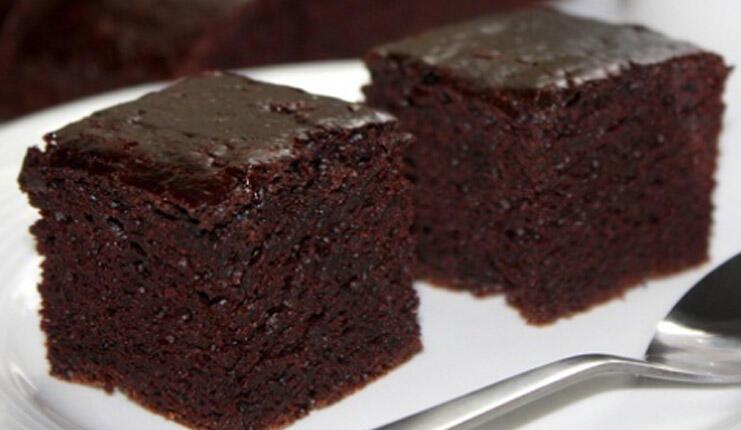Kolay ıslak kek tarifi | Islak kek nasıl yapılır, malzemeleri nelerdir?