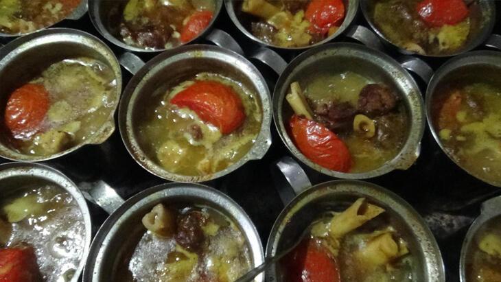 Özbeöz Türk yemeği olan bozbaş pişirmenin püf noktaları