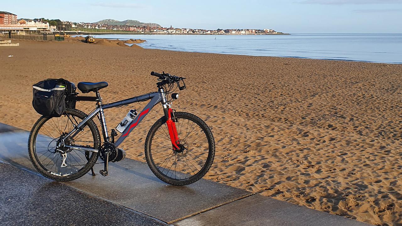 Pratik yolculuklar için bütçe dostu elektrikli bisikletler Uygun fiyatlı elektrikli bisikletler derlemesiyle karşınızdayız. Pratik ve keyifli yolculuklar için ...