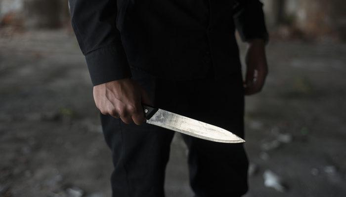 span style=color:unsetSavcıya trafikte bıçak çekip tehdit.../span