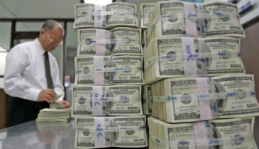 Şirketler, riskleri azaltmak için dolara yattılar!