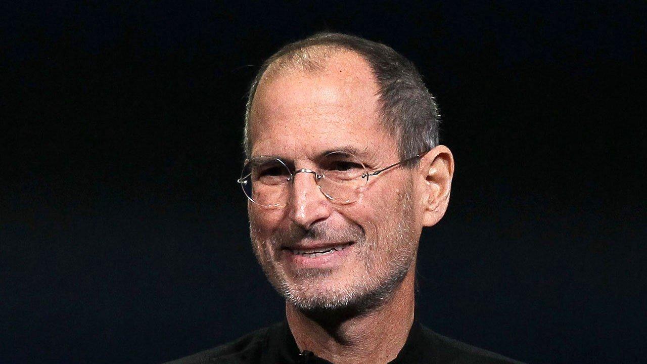 Steve Jobs imzalı iş başvurusu rekor fiyatla alıcı buldu