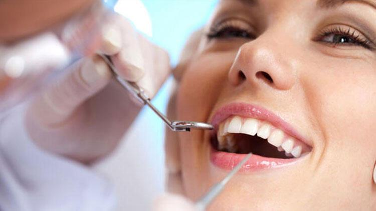 Tüm 20'lik yaş dişleri çekilmeli mi?