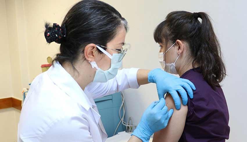 Türkiye'de son bir haftada 7 milyon 773 bin 105 koronavirüs aşısı uygulandı