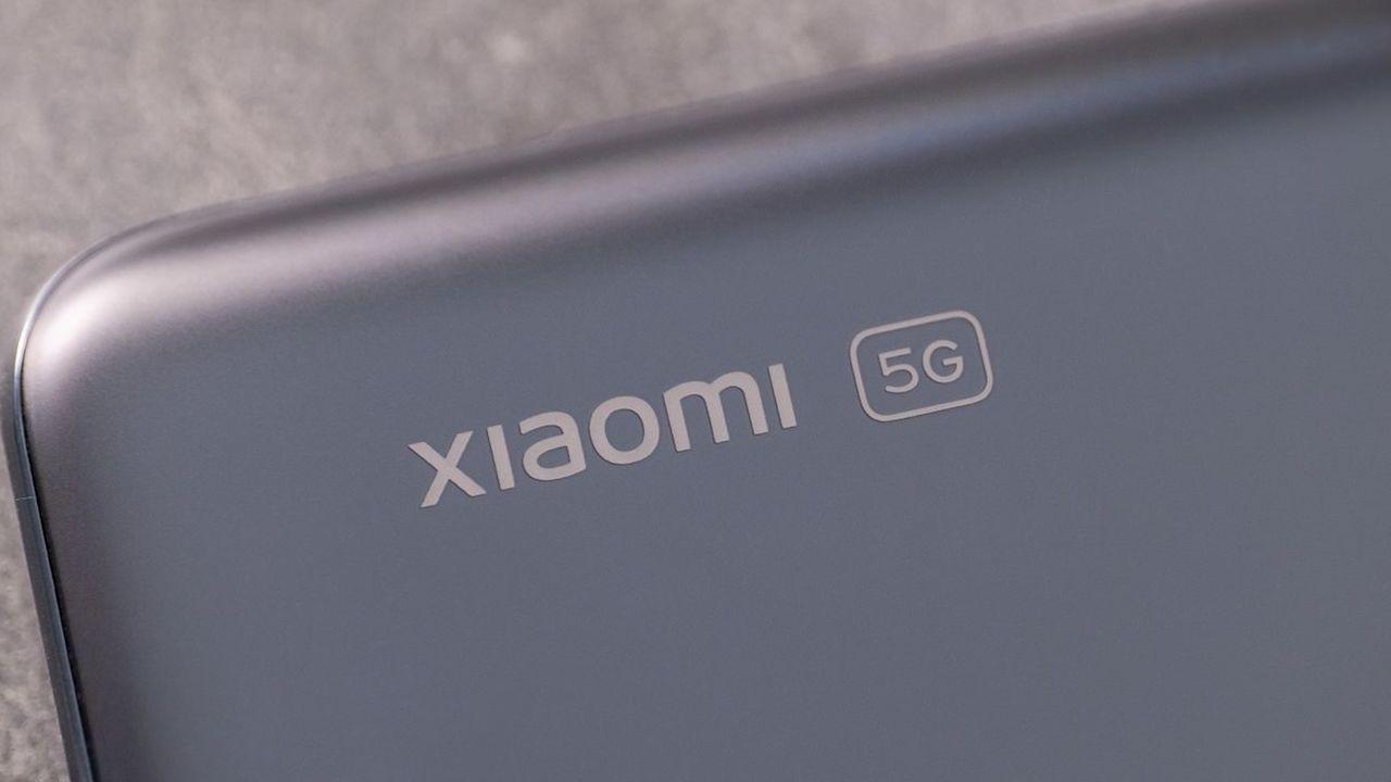 Xiaomi'den 'tuvalet kağıdı' tasarımlı telefon patenti Xiaomi, almış olduğu yeni bir patent ile gündemde. Şirket, mevcut akıllı telefon tasarımlarının aksine...