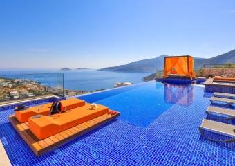Yeni evli çiftler için Antalya'da en güzel balayı noktaları