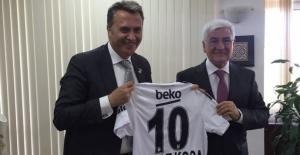 Beşiktaş Başkanı Fikret Orman Karaman'ı ziyarete gitti