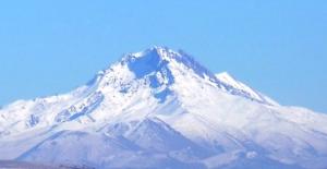 Erciyes dağı Türkiye'nin kayak merkezi olacak