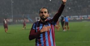 Erkan Zengin Trabzonspor'dan ayrıldı