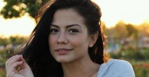 Fox Tv No309 ile ekranlara dönecek olan Demet Özdemir kimdir?