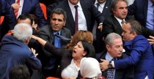 HDP'li Ferhat Encü'nün meclis konuşması kavga çıkardı