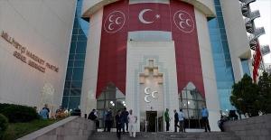 MHP'de kurultay süreci tedbiren duruldu