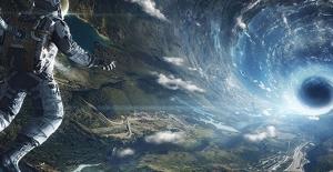 Stephen Hawking: Yıldızlar arası yolculuk yapılabilir