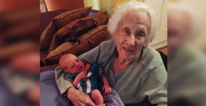 101 yaşında anne oldu