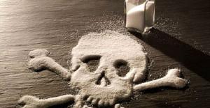 Aşırı tuz kullanımı tansiyon, kalp ve damar hastalıklarını tetikliyor