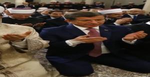 Başbakan Ahmet Davutoğlu sinir krizi geçirip duvara yumruk mu attı?