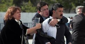 Can Dündar'a saldıran kişi hakkında istenen ceza belli oldu