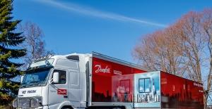 Danfoss, sanayide tasarrufu anlatmak için 2645 km yol aldı
