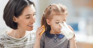 Dünya Süt Günü'nde İstanbul'da Süt Hediye