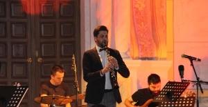Klarnet Virtüözü Feidman ile Serkan Çağrı Sinagog'da konser verdi