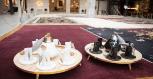 İnce Belli Çay Bardağı Yeniden Yorumlandı 'Sofia'