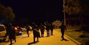 İstanbul'un göbeğinde uzun namlulu teröristler!