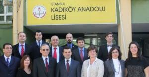Kadıköy Anadolu Lisesi'nde işkence ve tecrit halen devam ediyor iddiası