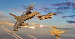 Kuzey Irak'taki PKK hedeflerine TSK bombardımanı
