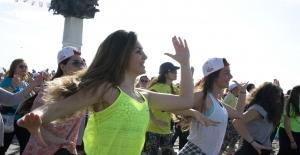 Obeziteyle Mücadelede Dengeli Beslenme ve Hareket Şart! Obezite Nedir?