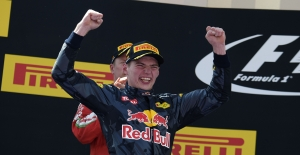 Red Bull pilotu Max Verstappen Formula 1 tarihinde birinci olan en genç pilot oldu
