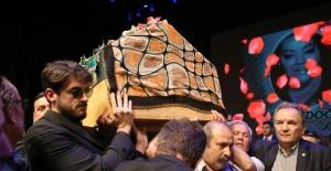 Şok iddia: Oya Aydoğan'ın ölümüne sebep olanlar var!