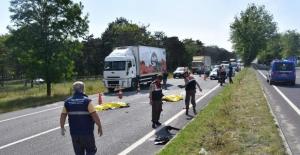 Tekirdağ'da kamyon ile motosiklet çarpıştı, 2 ölü