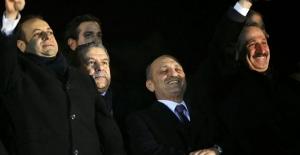 AKP'li eski bakanlar Amerika'da yargılanabilir