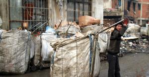 Ankara'da kağıt toplayan iki aile birbirine girdi