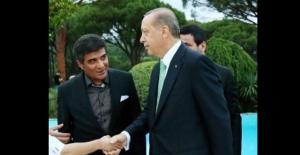 Bu fotoğraflar evli ve çocuklu İbrahim Erkal'ı fena yakacak!