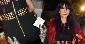 Bülent Ersoy'dan Hande Yener'e popo kontrolü