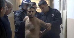 Cezaevinde korkunç olay: Müdürün önünde jilet yuttu!