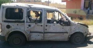 Dicle'de polis aracının geçişi sırasında şiddetli patlama!