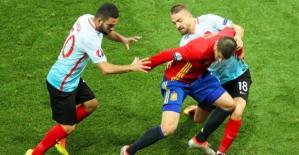 EURO 2016 İspanya - Türkiye: 3 - 0 Maçın detayları ve Maç özeti